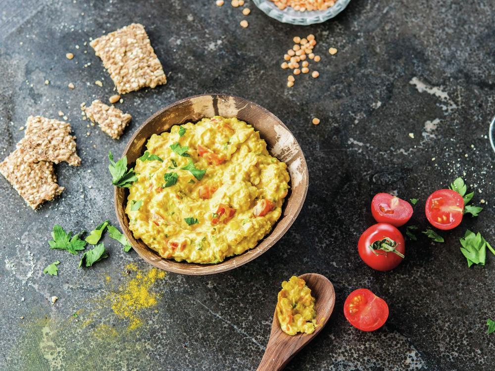 Spread van rode linzen met curry - stuk