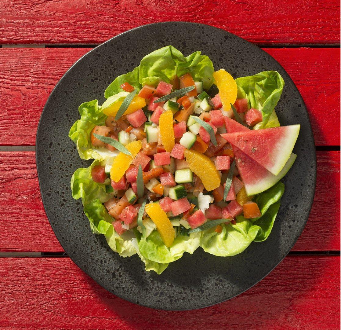 Tomaat - Komkommer rauwkost met watermeloen en sinaasappel